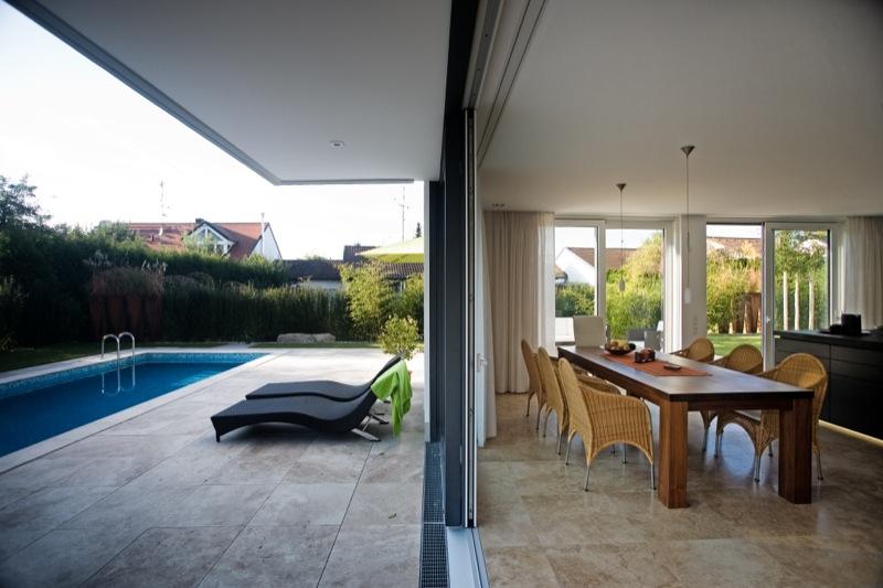 h24 neubau eines niedrigenergie einfamilienhauses mit. Black Bedroom Furniture Sets. Home Design Ideas